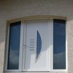 DRIA FENÊTRES_porte d'entrée en PVC blanc Vaud-Genève-Neuchâtel-Fribourg